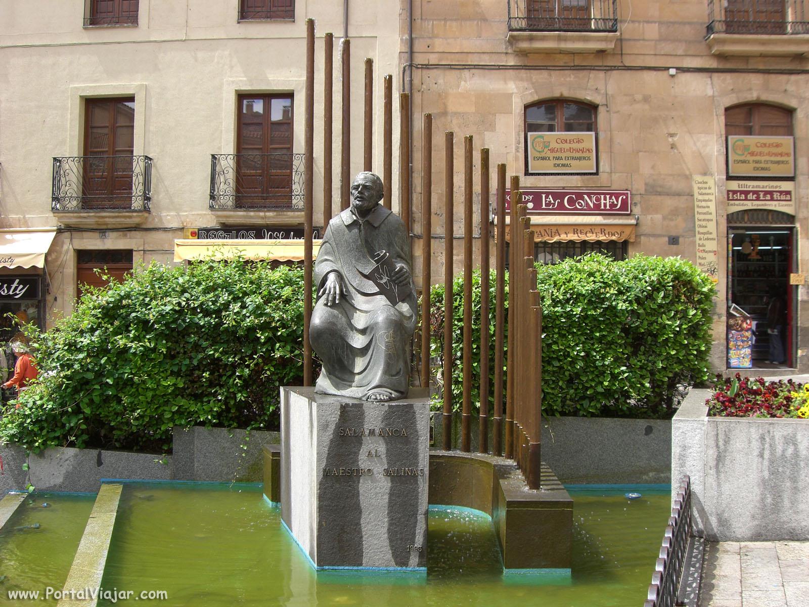 Monumento al Maestro Salinas (Salamanca)