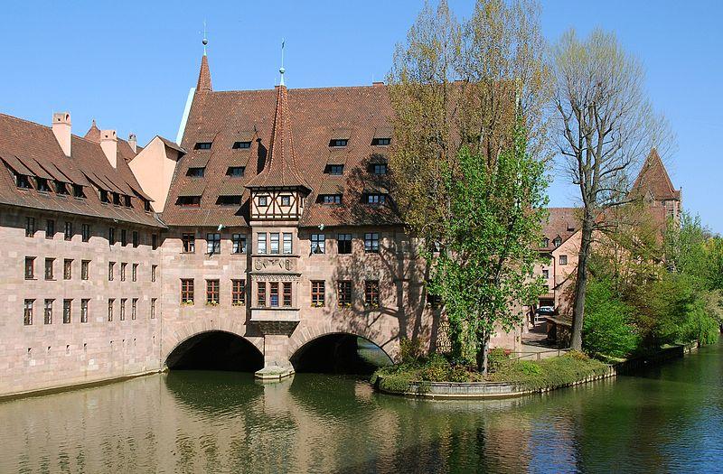 Antiguo Hospicio del Espíritu Santo - Heilig-Geist-Spital (Núremberg, Alemania)