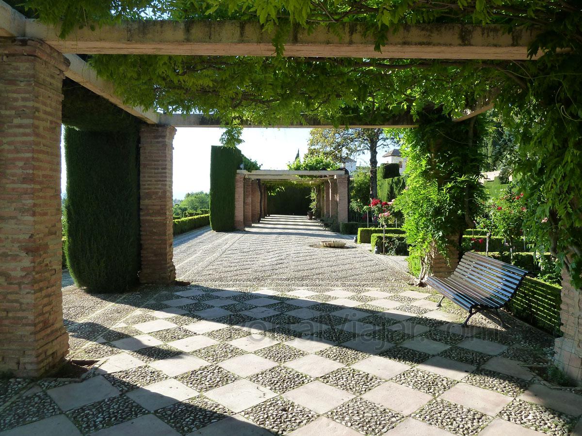 Granada 120 alhambra jardines del generalife portal for Jardines generalife