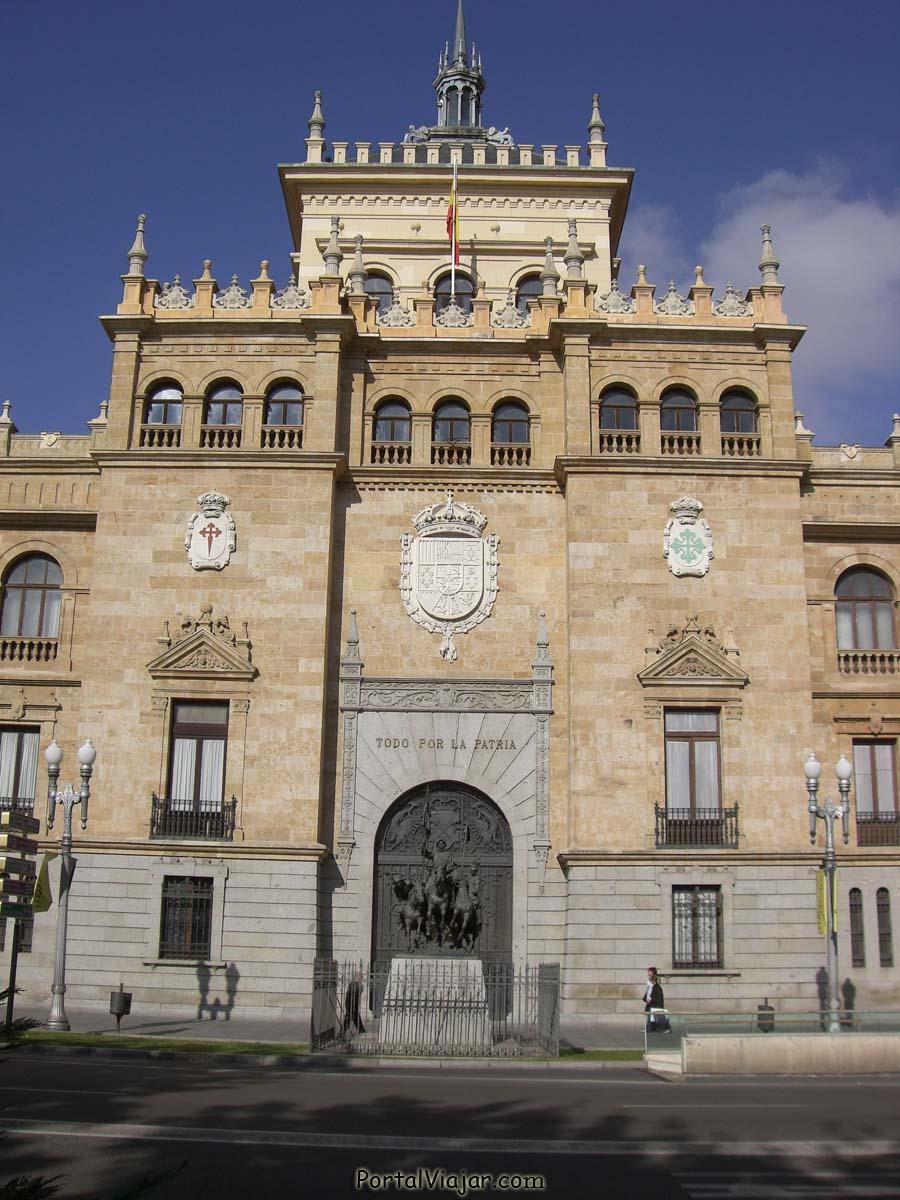 Academia de Caballería - Fachada (Valladolid)