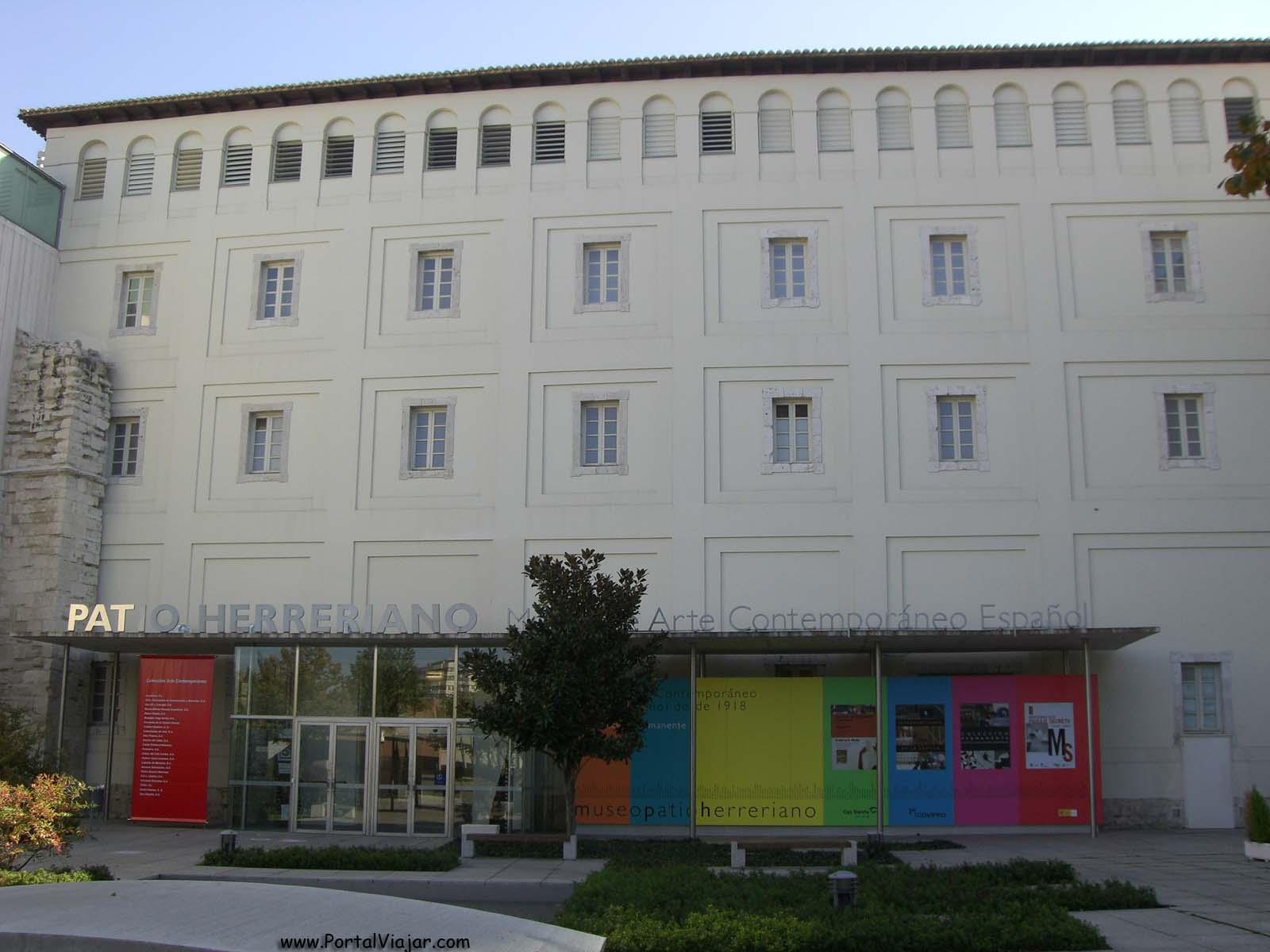 Patio Herreriano (Valladolid)