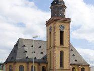 """""""Frankfurt Am Main-Katharinenkirche-Ansicht von der Grossen Eschenheimer Strasse-20100808"""" von Mylius - Eigenes Werk. Lizenziert unter GNU Free Documentation License 1.2 über Wikimedia Commons - http://commons.wikimedia.org/wiki/File:Frankfurt_Am_Main-Katharinenkirche-Ansicht_von_der_Grossen_Eschenheimer_Strasse-20100808.jpg#mediaviewer/Datei:Frankfurt_Am_Main-Katharinenkirche-Ansicht_von_der_Grossen_Eschenheimer_Strasse-20100808.jpg"""