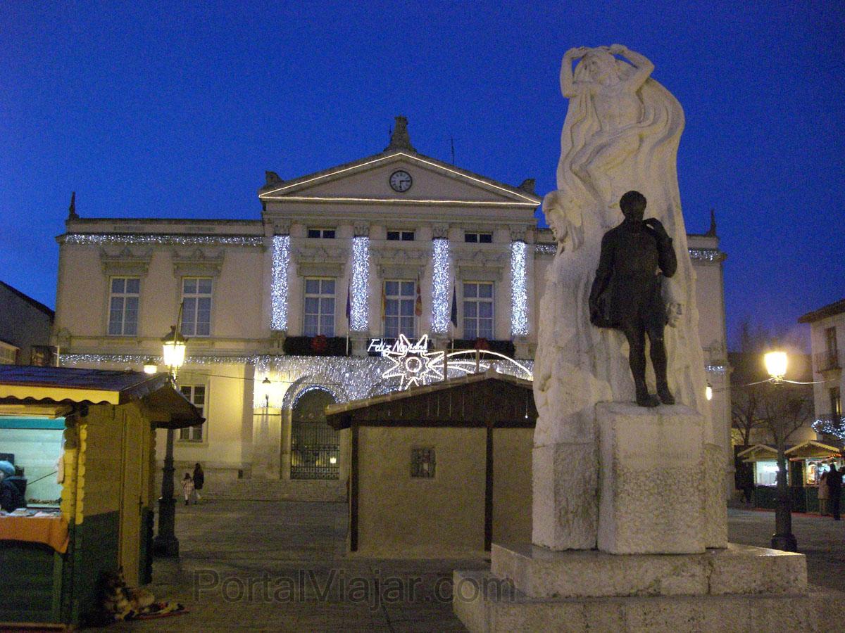 Palencia - Monumentos a Berruguete - Ayuntamiento