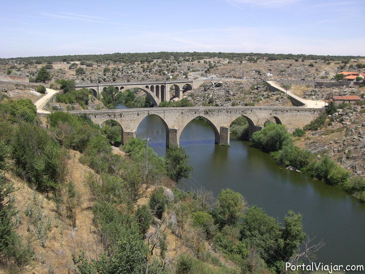 Puente Viejo y Puente Nuevo (Ledesma)