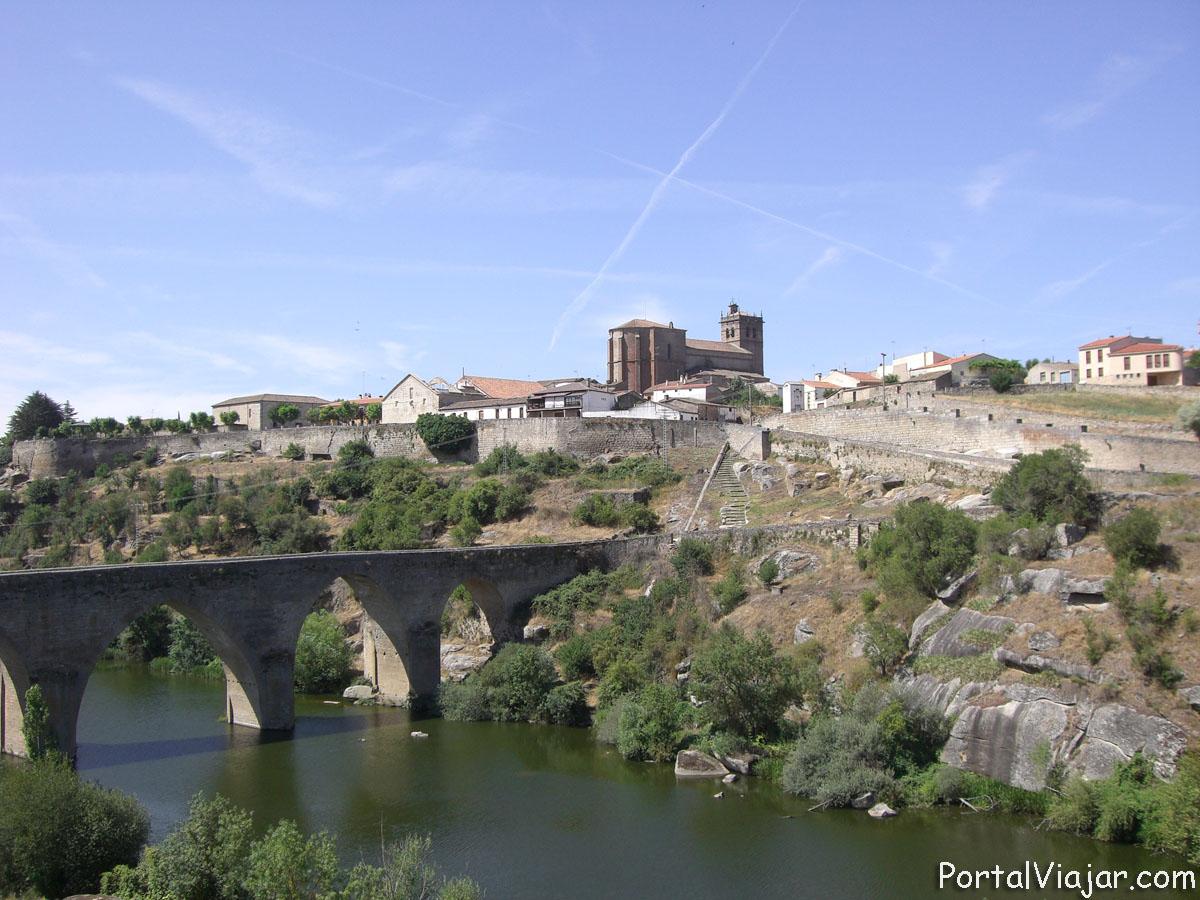 Villa y puente Viejo (Ledesma)
