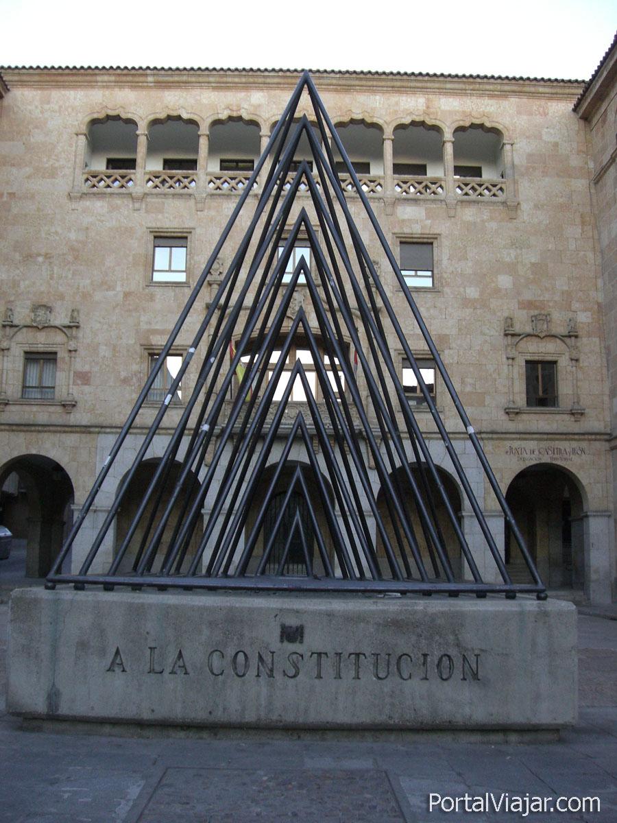 Monumento a la Constitución (Salamanca)