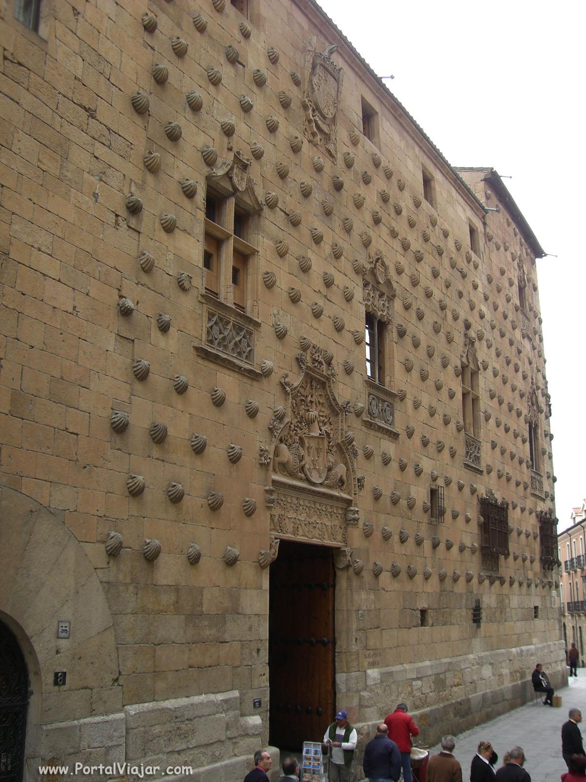 Casa de las Conchas (Salamanca)