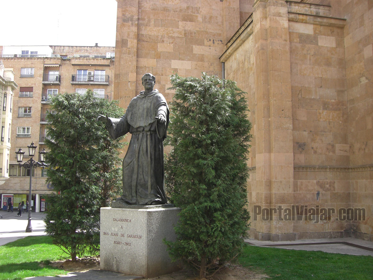 Monumento a San Juán de Sahagún (Salamanca)