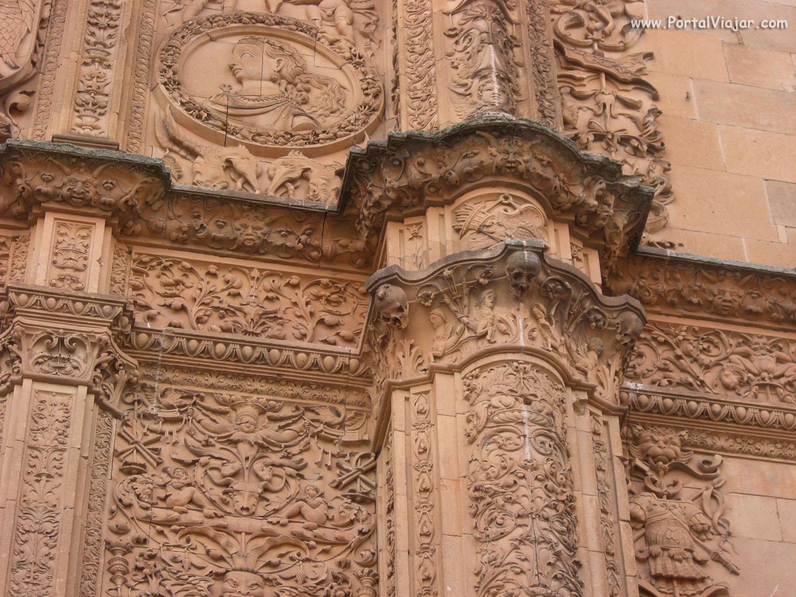 Rana en la Fachada de la Universidad (Salamanca)