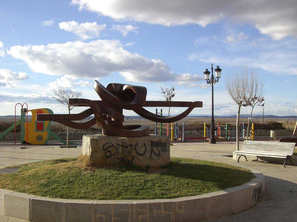 Escultura del Gran Lazo (Benavente)