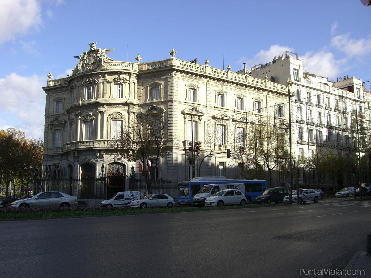 Palacio de linares casa de am rica madrid portal viajar for Casa america madrid