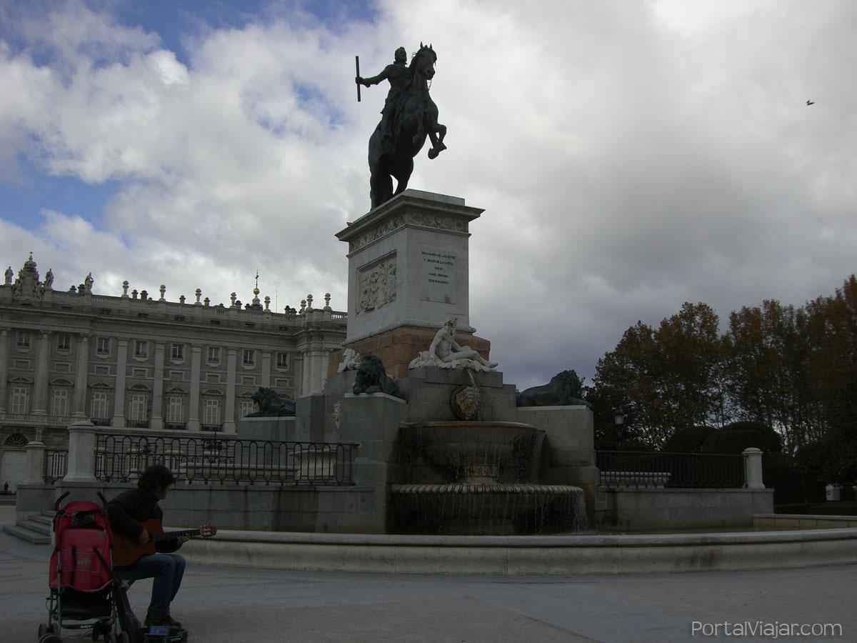 Estatua Ecuestre de Felipe IV (Madrid)