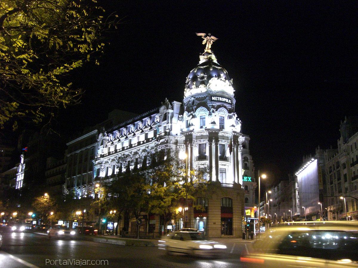 edificio metrpolis madrid
