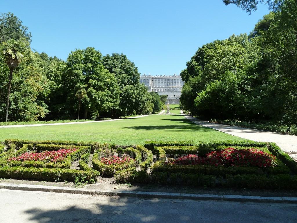 Parque jardines del campo del moro madrid portal viajar for Jardines del moro