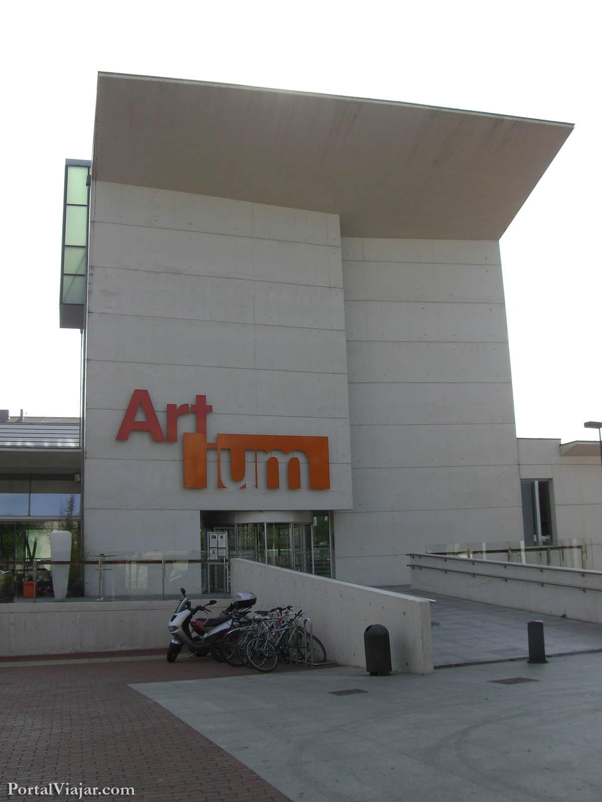 ARTIUM Museo Vasco de Arte Contemporáneo Vitoria Gasteiz
