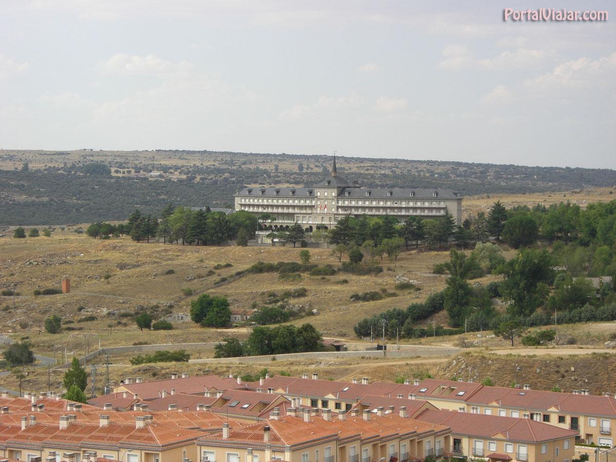 Colegio de Huérfanos de Ferroviarios (Ávila)