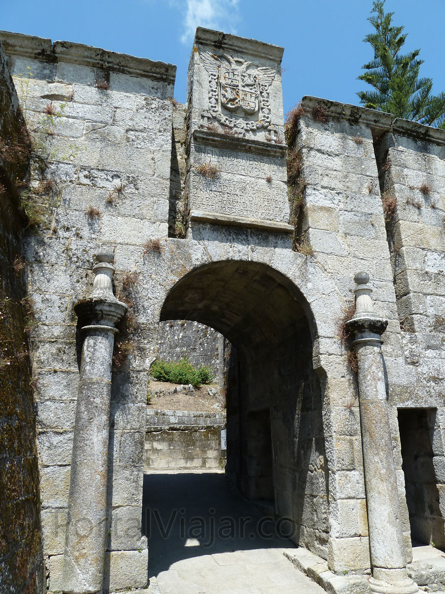 Puerta de Felipe IV (Baiona)