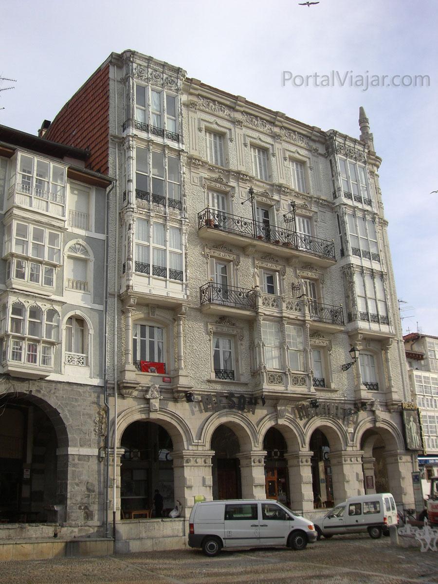 Casa de los Chelines (Castro Urdiales)