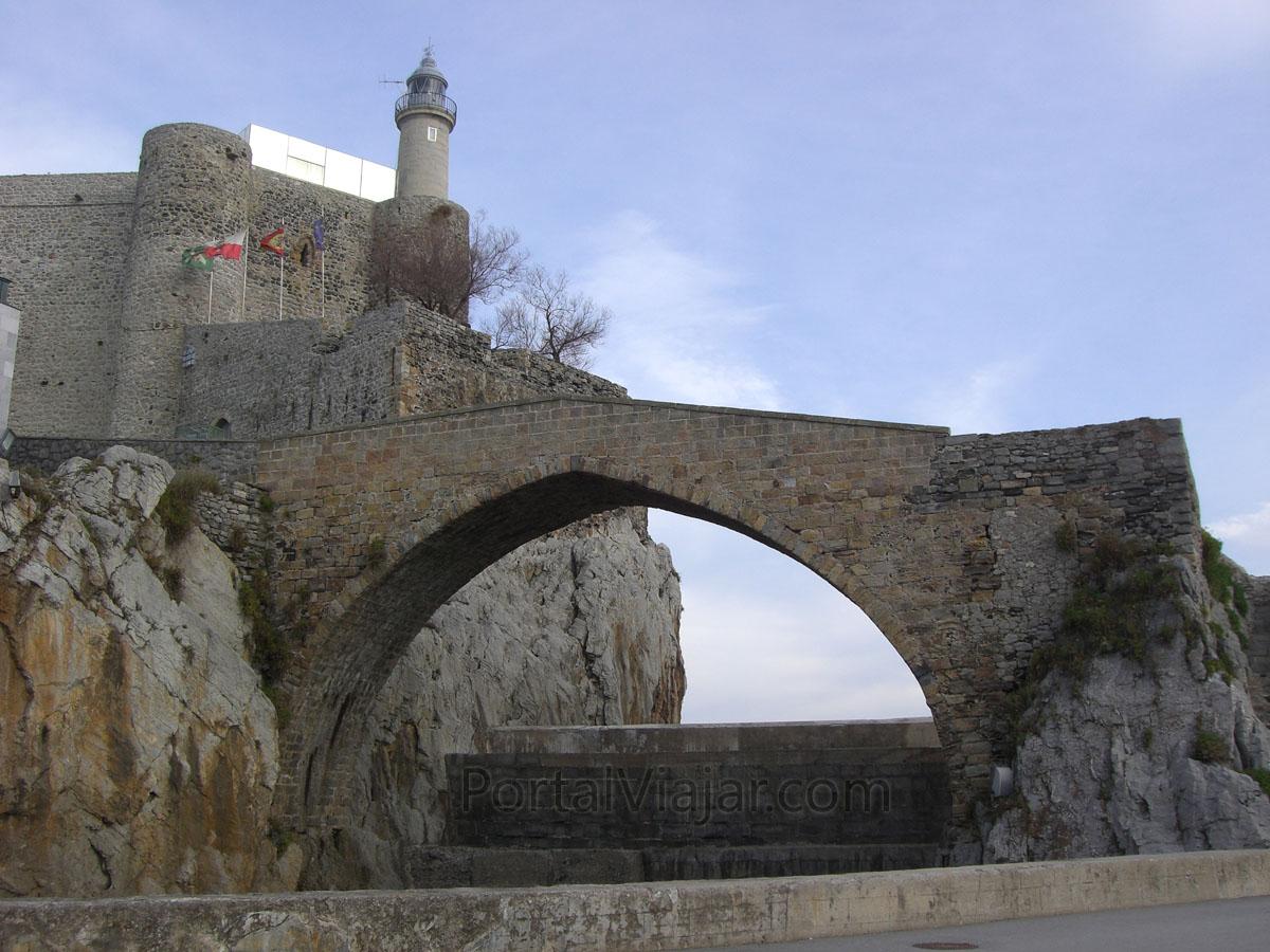 Puente Medieval (Castro Urdiales)