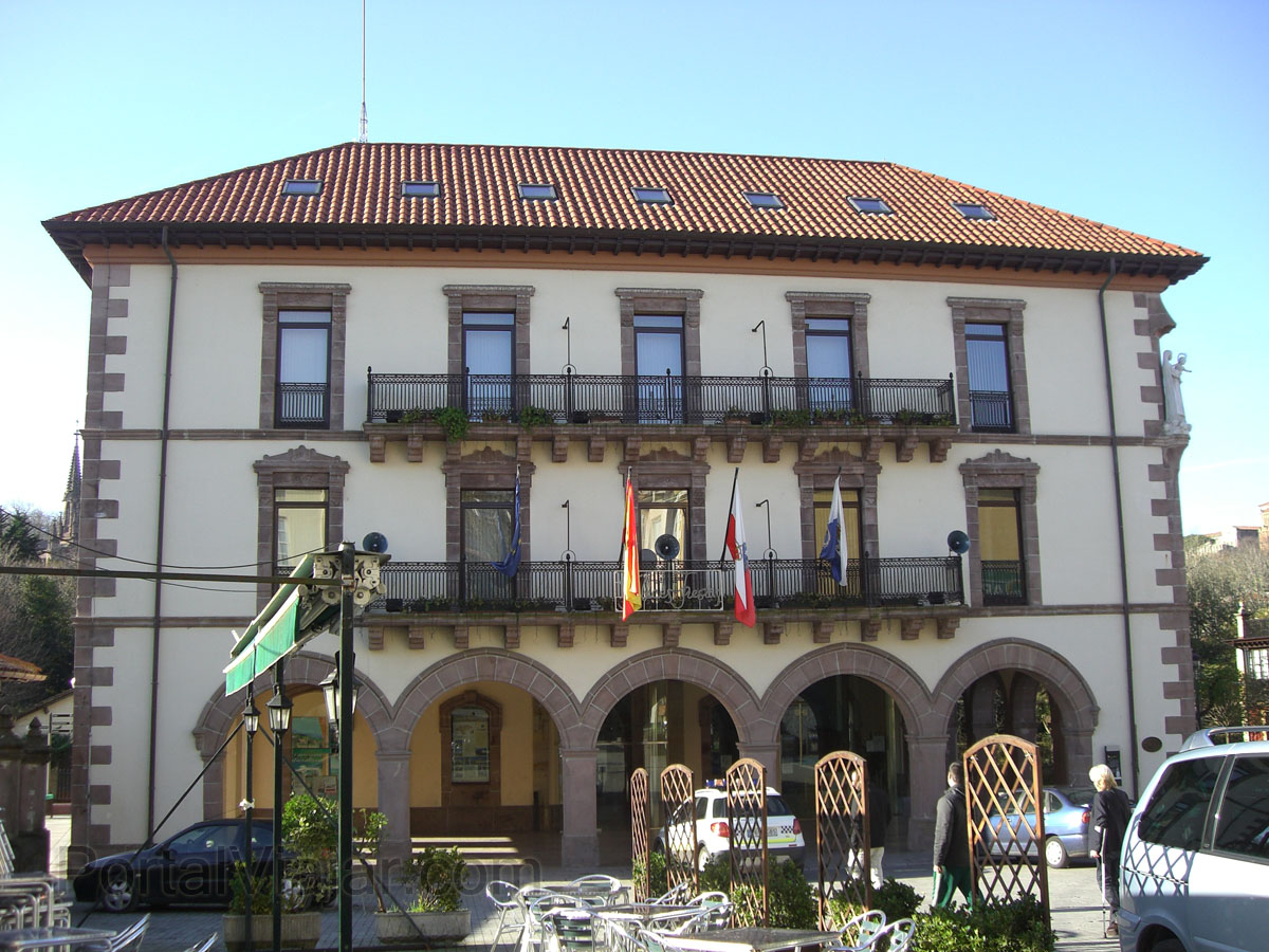 Ayuntamiento Nuevo (Comillas)