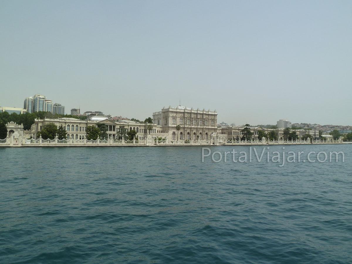 Palacio y museo Dolmabahçe (Estambul)