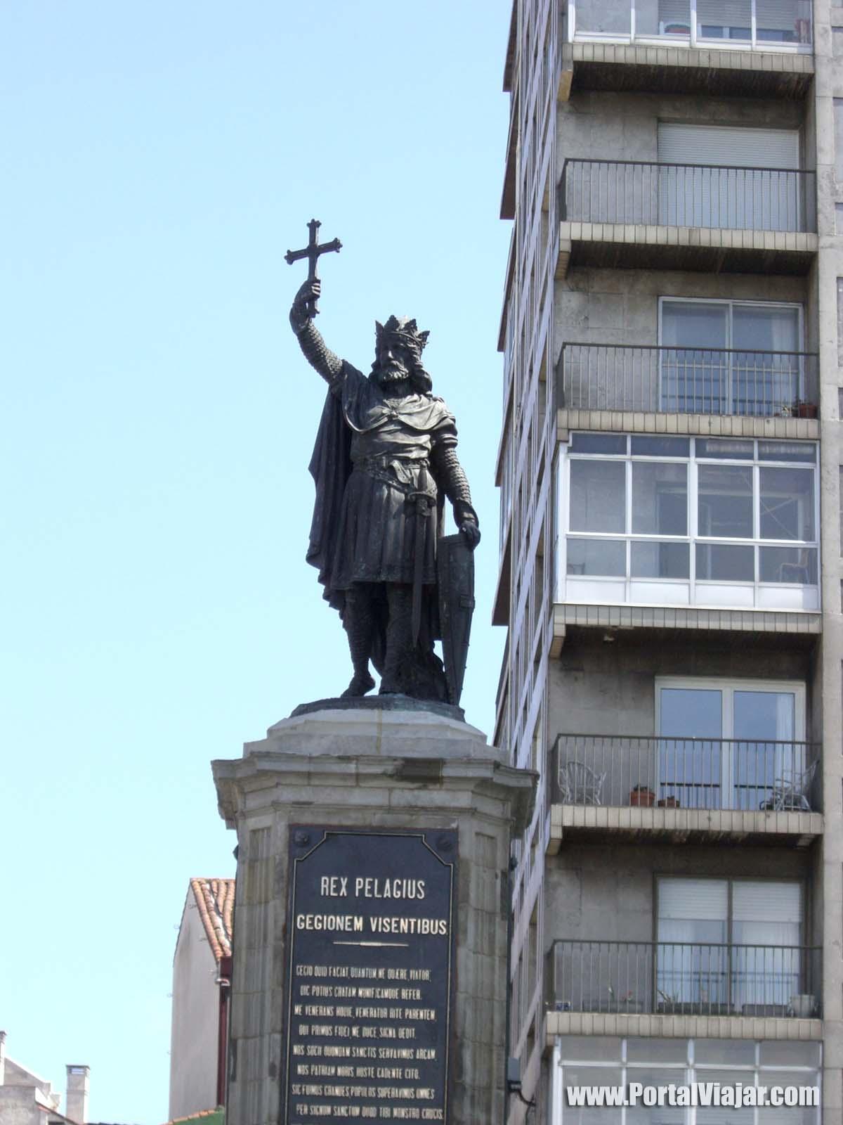 gijon 11 - monumento a pelayo