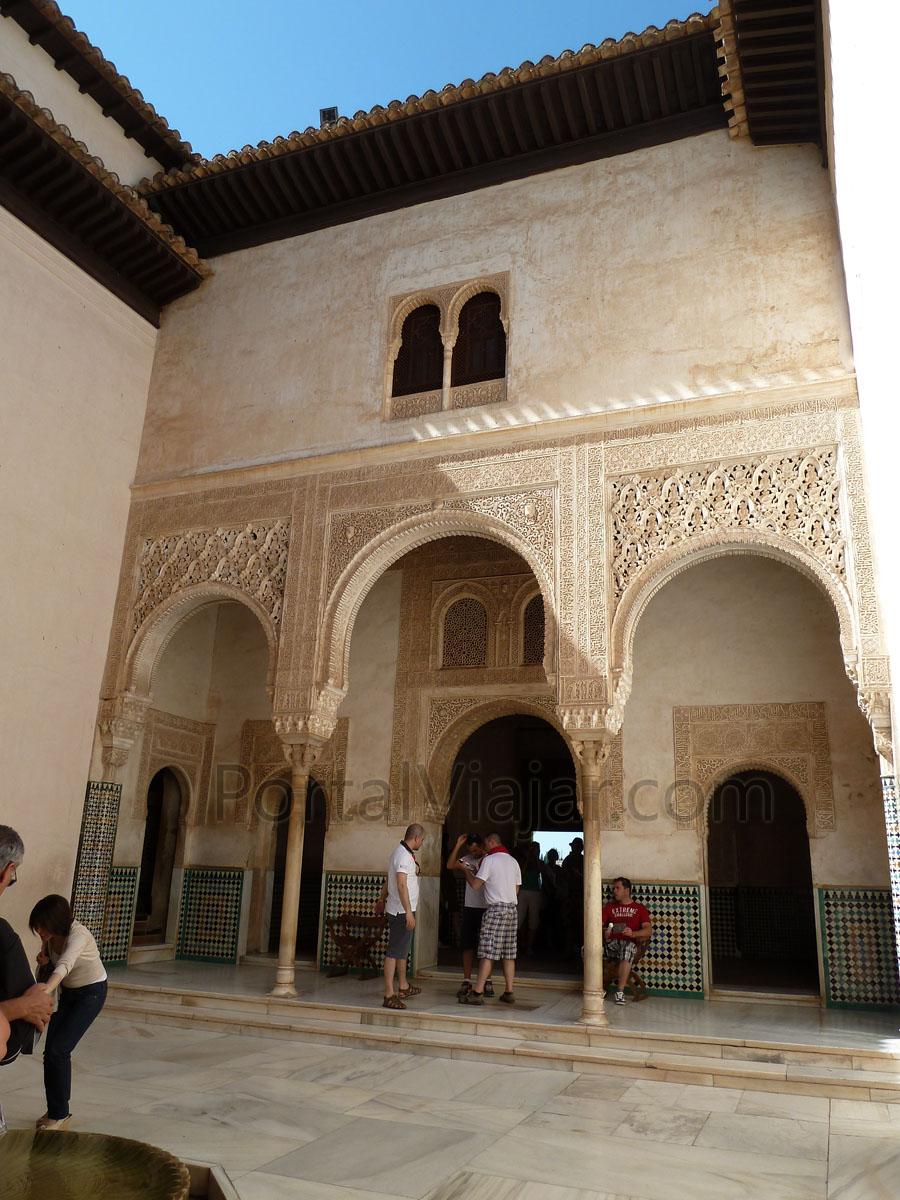 Granada 41 Alhambra Palacios Nazaries Patio Del