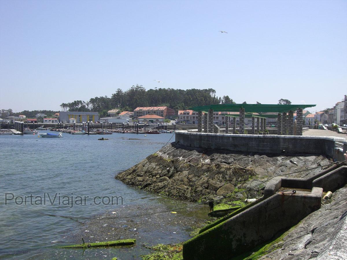 illa de arousa 22 - porto da illa (o xufre) - paseo