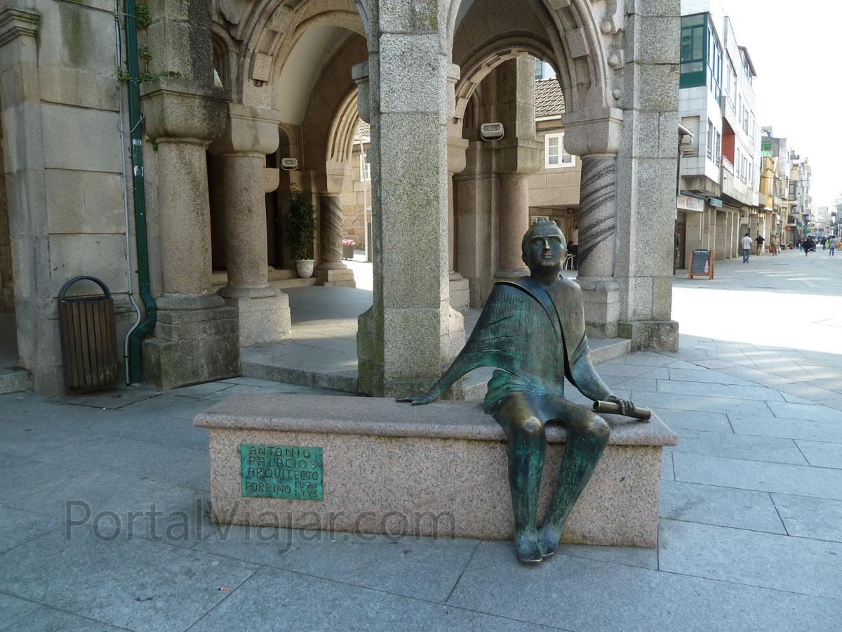 O Porriño - Monumento a Antonio Palacios