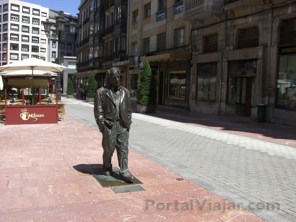 oviedo 20 - estatua de woody allen