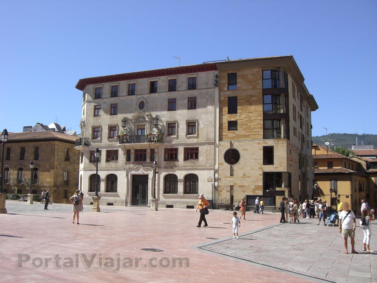 oviedo 59 - plaza de alfonso II el casto - fachadas
