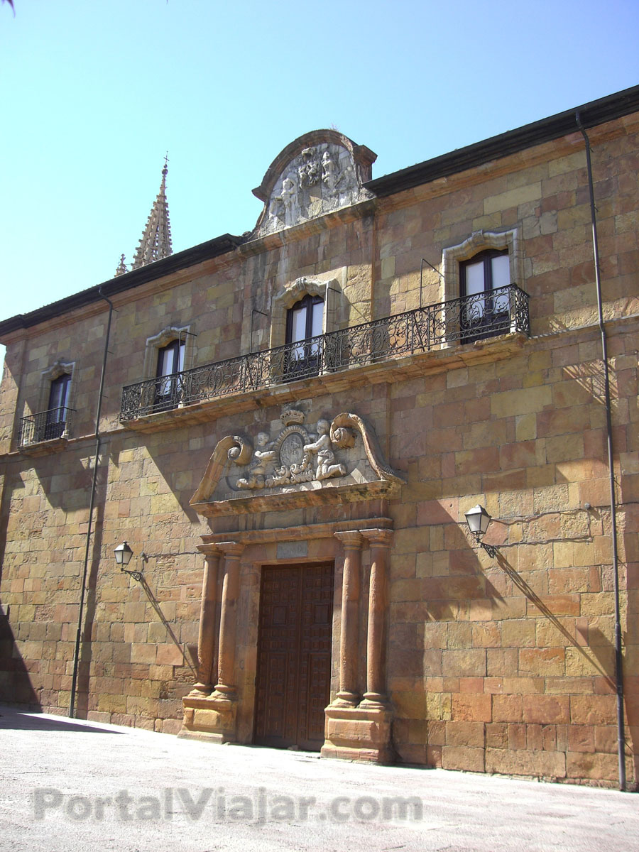 oviedo 81 - palacio catedralicio