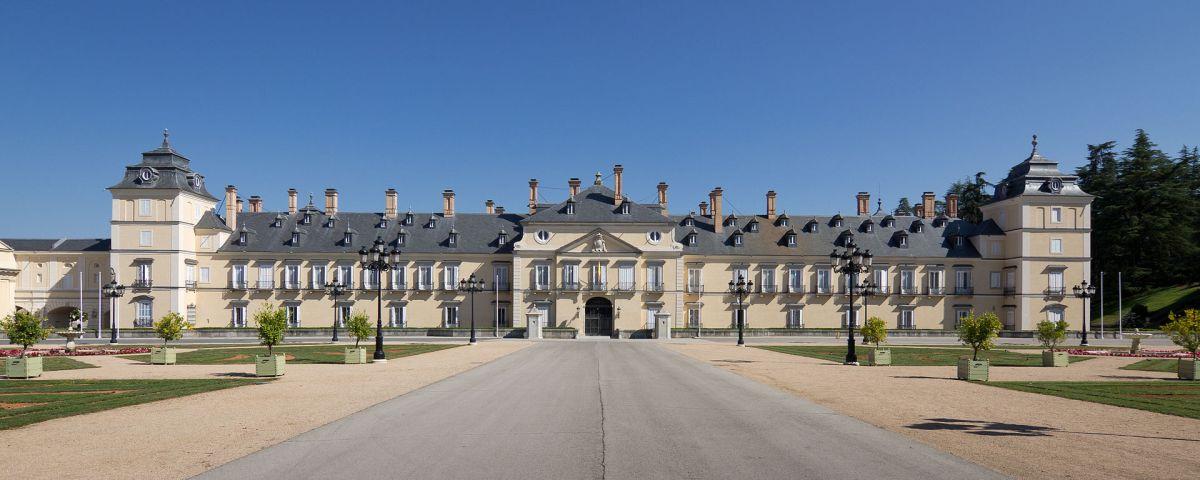 palacio real de el pardo madrid fachada