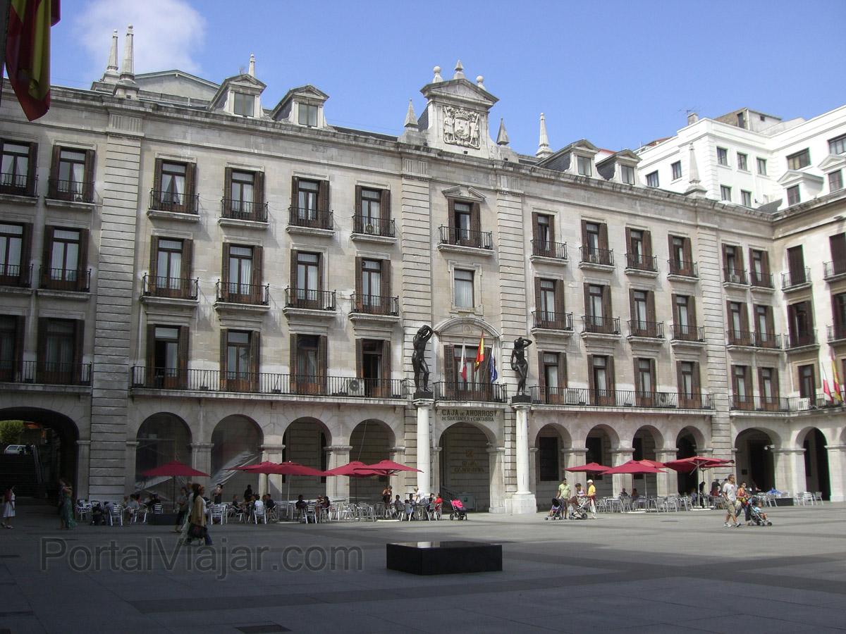Santander - Edificio Caja de Ahorros de Cantabria