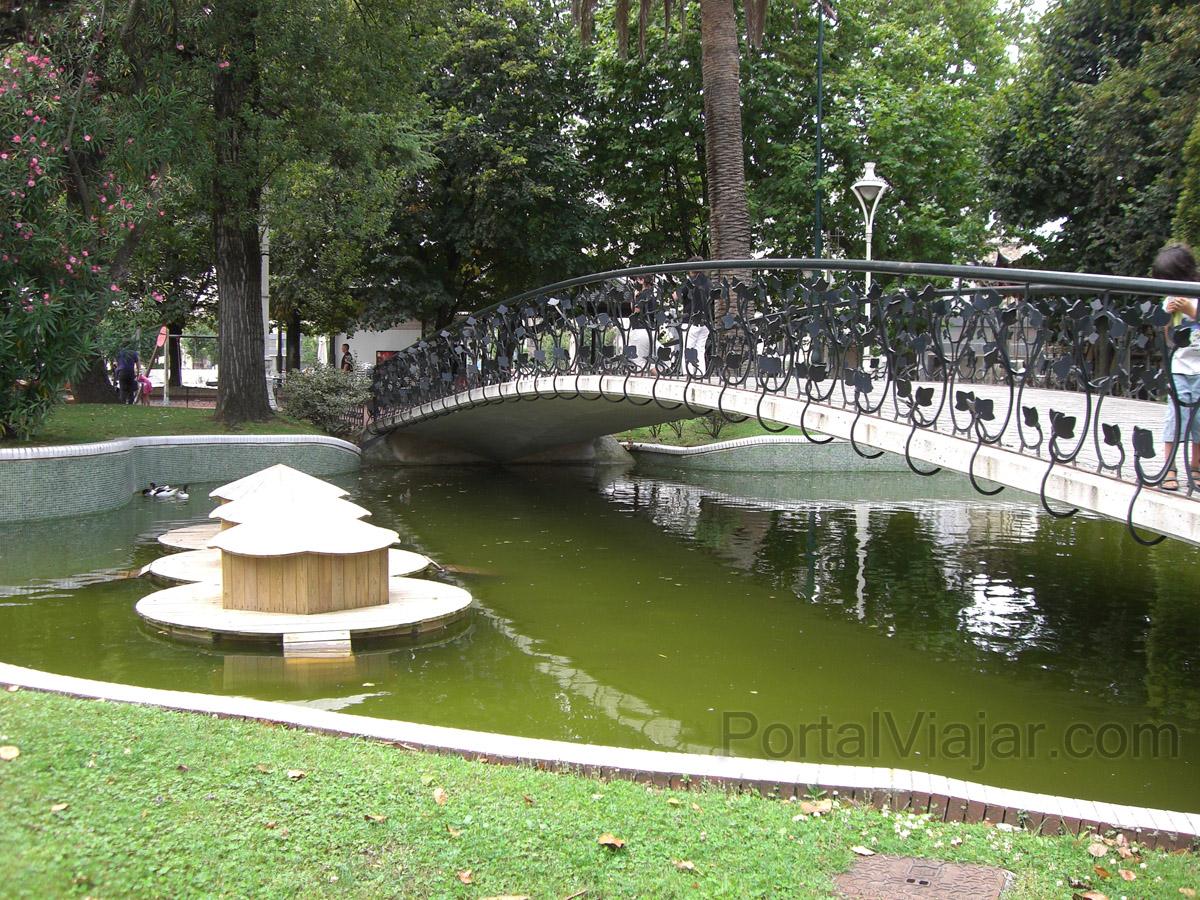 Jardines de pereda santander portal viajar for Jardines y estanques