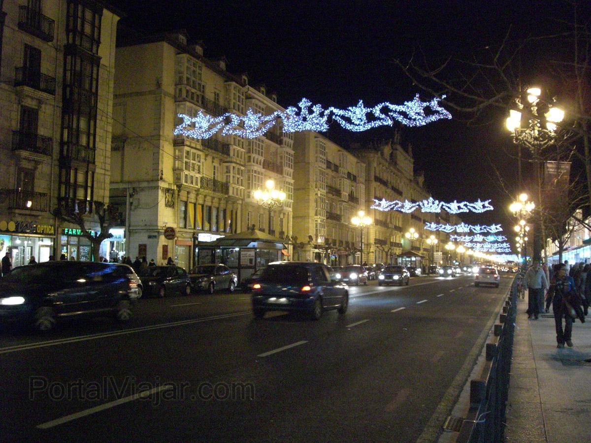 Paseo de la Pereda de noche (Santander)