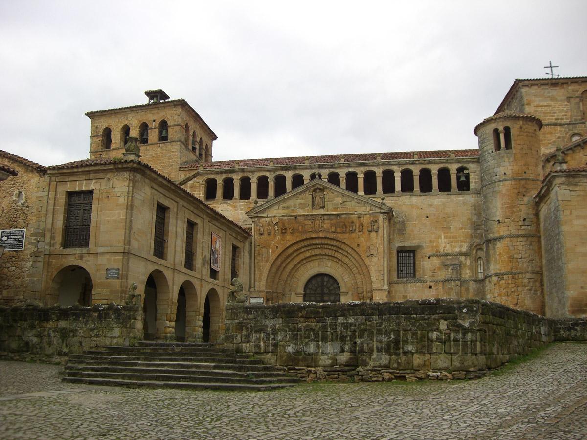 Colegiata de Santa Juliana (Santillana del Mar)