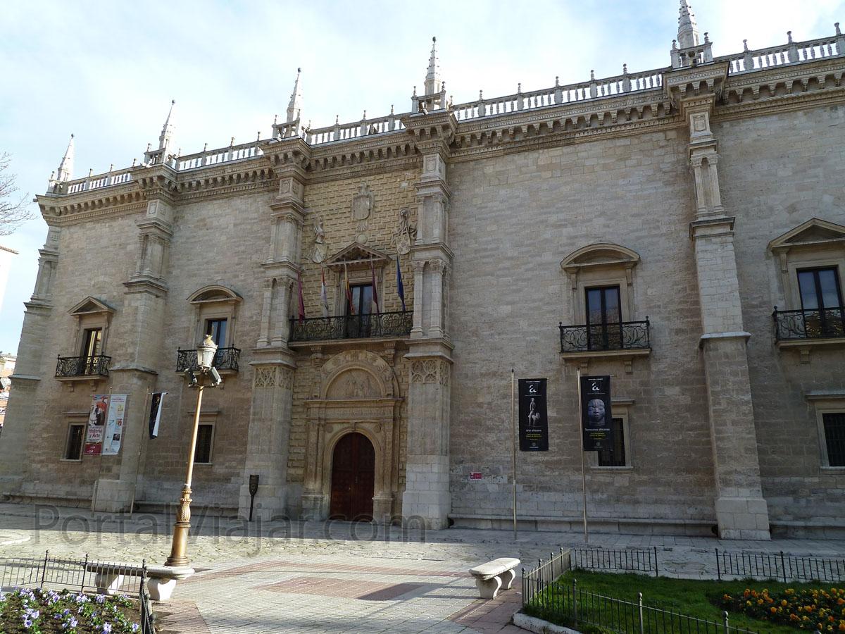 Colegio de Santa Cruz (Valladolid)