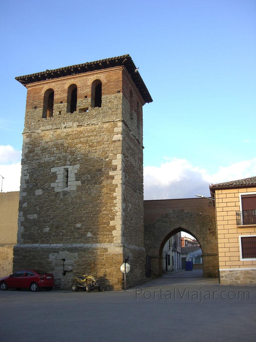 Arco de Santiago (Villalpando)
