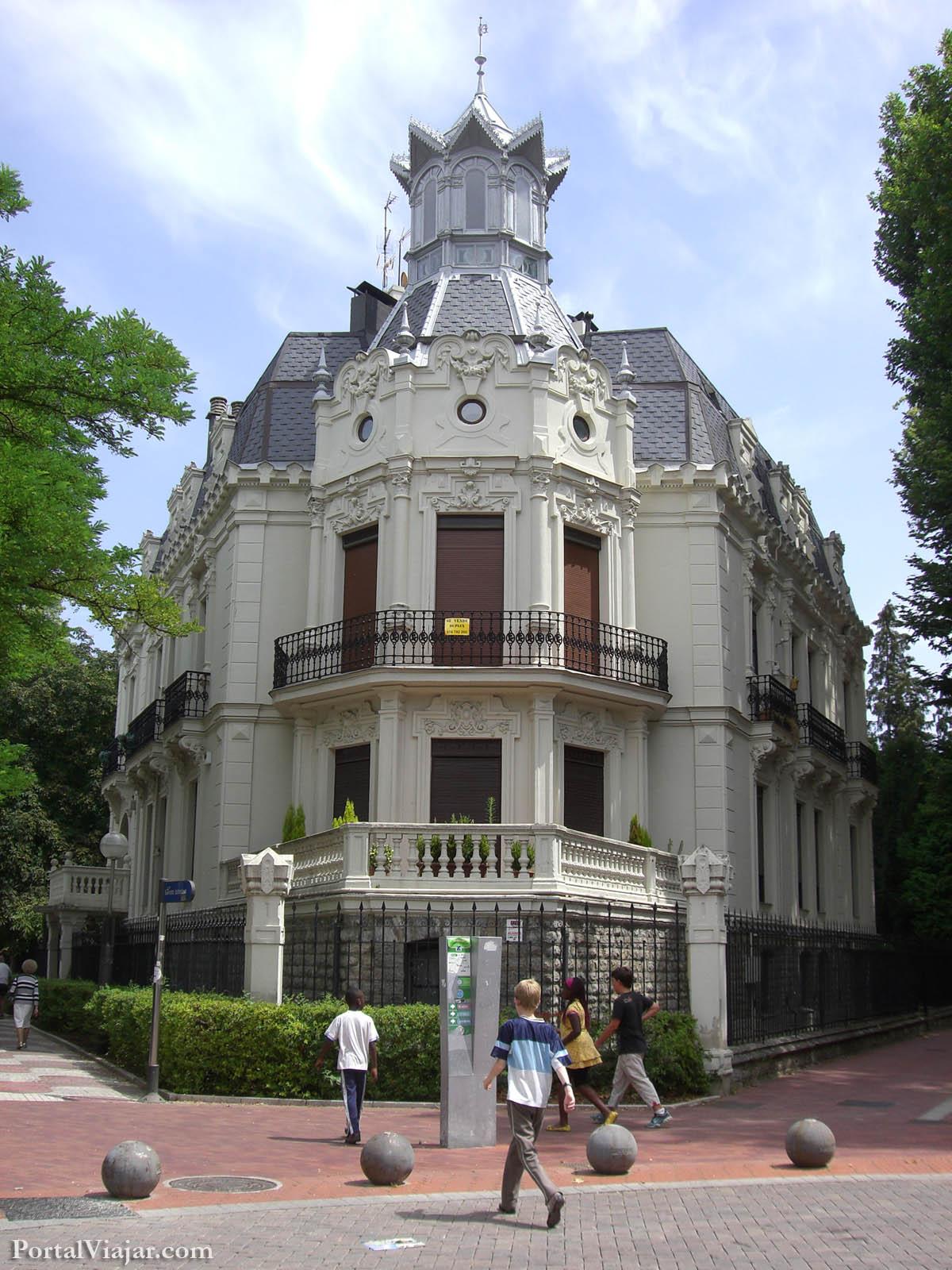 Casa Zuloaga (Vitoria-Gasteiz)