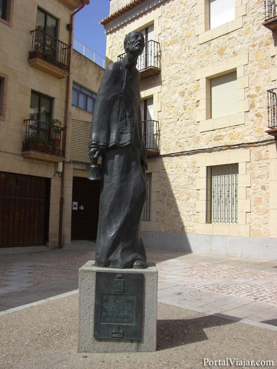 zamora - monumento a la real cofradia del santo entierro